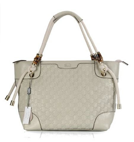 Gucci-charm-large-top-handle-putih1